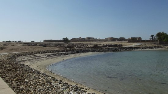 Qalat al Bahrain: historic site with remains from many centuries