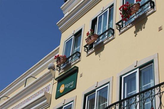 Hotel Sol Algarve: Vista de las habitaciones desde fuera.