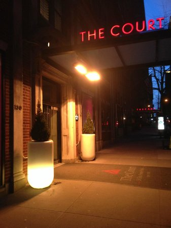 The Court – A St Giles Hotel: Entrance to hotel