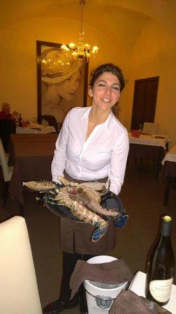 L'Acquario Degustazione: Service parfait pour cet homard bleu de Sicile...