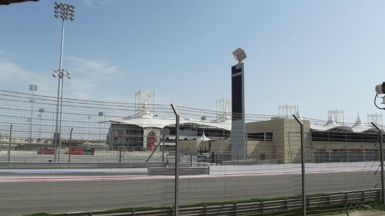 Bahrain International Circuit : just a quick sneek view but it was easy to imagine the drama and passion of a race day
