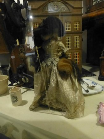 The Discovery Museum: Stunningly beautiful doll