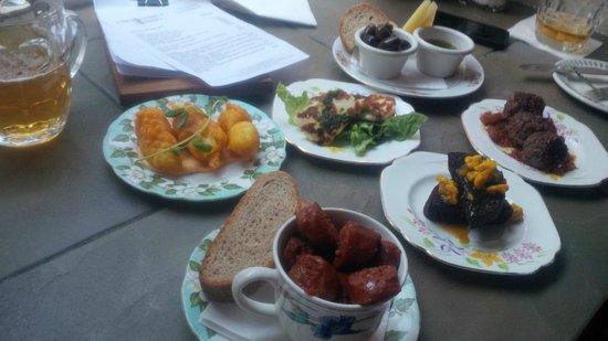 Photo of English Restaurant The Bon Vivant at 5 Dean St, Edinburgh, United Kingdom