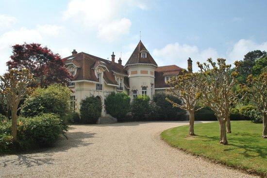 Le Chateau du Clair de Lune : vue sur le château