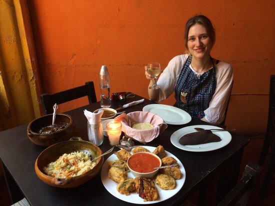 El Frijol Feliz Cooking School: Thoroughly enjoying my foodie reward after 2 hours chopping, cooking and attempting to speak Spa