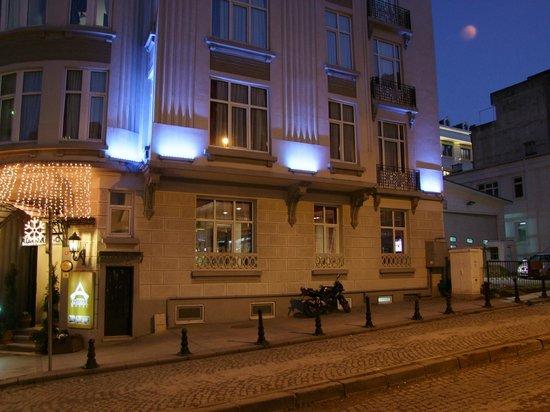 Adamar Hotel : Вид на отель