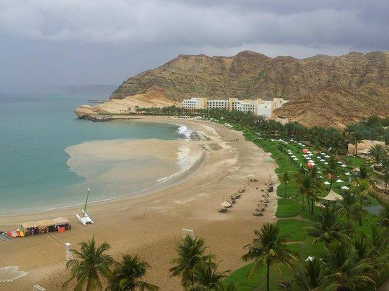 Shangri La Barr Al Jissah Resort & Spa-Al Husn: floodwaters reaching the beach after heavy rainfall