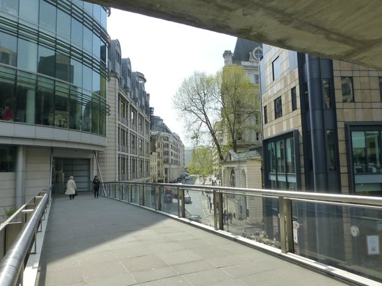 Museum of London : View from the entry bridge