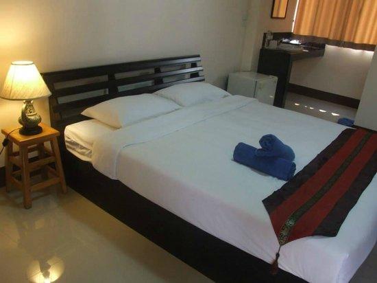 Jansupar Court: big and comfortable room