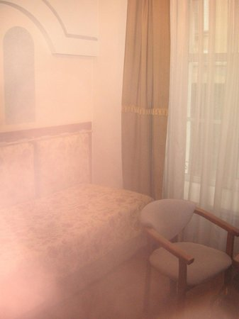 Art-hotel Trezzini: кровать
