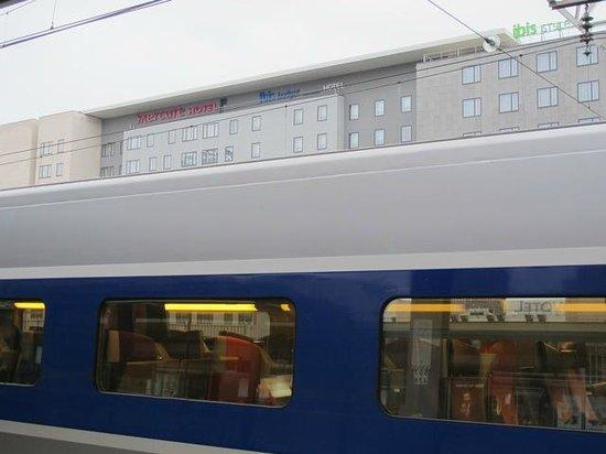 Mercure Lyon Centre - Gare Part Dieu : Next to central train station