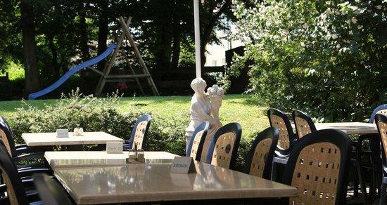 Taverna Kronos: Sommer