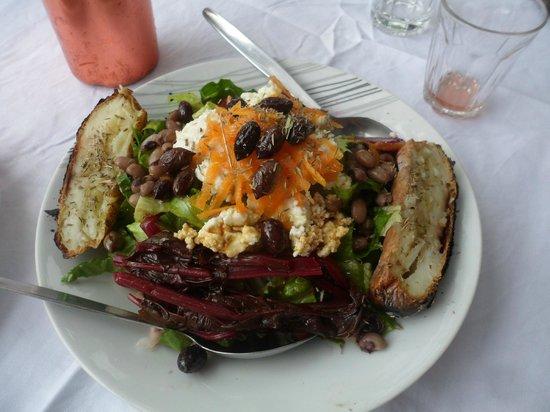 Δρακόνα, Ελλάδα: salade hors-norme !