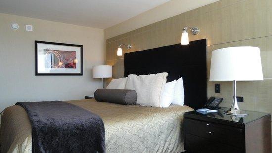 ARIA Resort & Casino: Bedroom - Bed