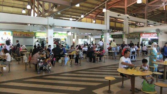Geylang Serai New Market: ローカル度満点