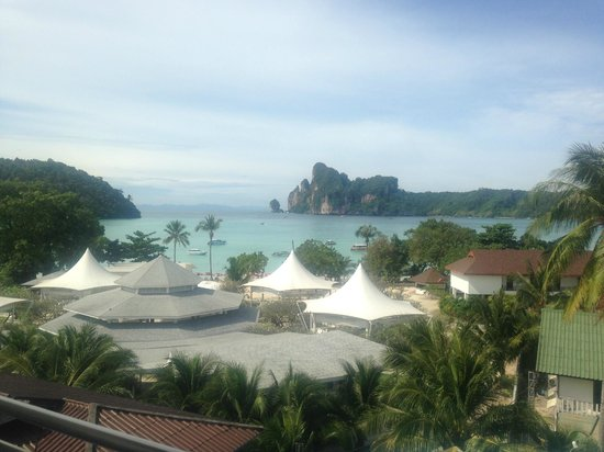 Phi Phi Hotel : The view from out room