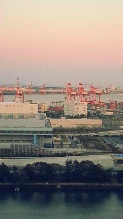 Sunroute Shinagawa Seaside: 海側の眺望