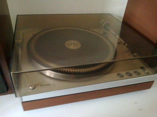 Den Gamle By, musée national de plein air d'histoire et de culture urbaine : Gammel grammafon i 70'er - afdeingen!