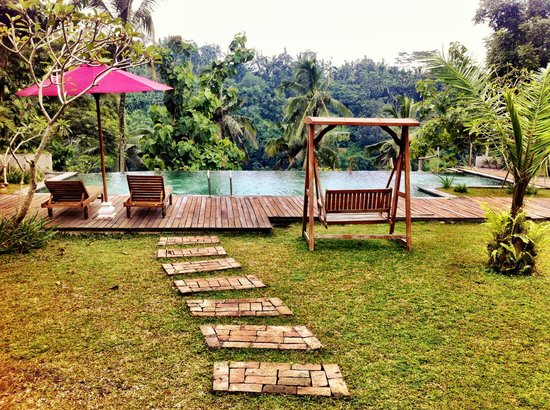 Alila Ubud : A Spa near to the chocolate making factory.