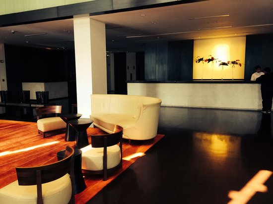 COMO Metropolitan Bangkok: Hotel lobby