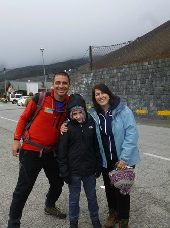 Etna Experience Excursions: Our guide and Vas and Jorge