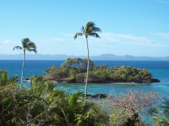 Luxury Bahia Principe Cayo Levantado Don Pablo Collection : Vue spectaculaire en se rendant à la plage par les escaliers