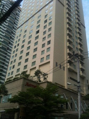Sukhumvit Park, Bangkok - Marriott Executive Apartments: Exterior View From Street Level
