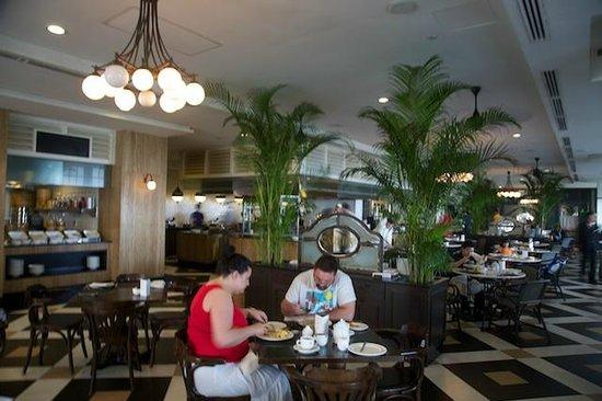 Eastern & Oriental Hotel: Sarkie's