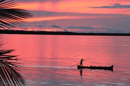 Wakatobi Hoga Diving: Sunset