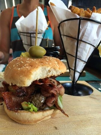 The Chopping Board Kitchen at MOJO: Best Burger on the Island