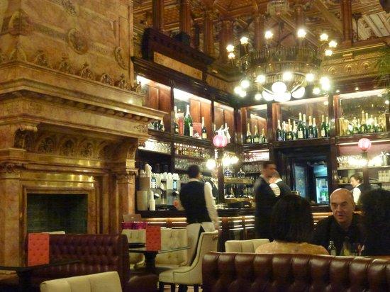 Hotel Metropole : Cafe Bar