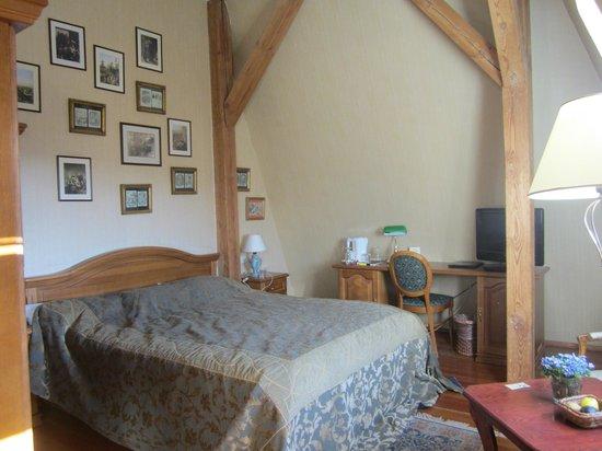 Shakespeare Hotel: Charles Dickens bedroom