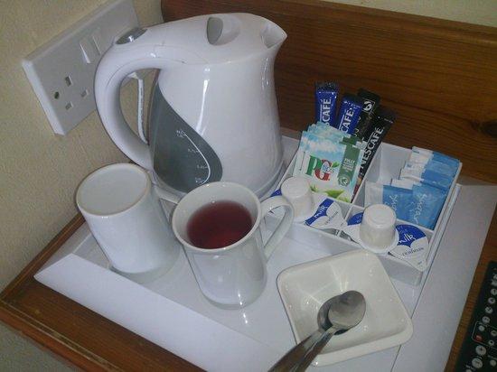 Brunswick Hotel: morning essentials