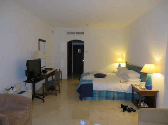 Peyia, Cypr: Room 3716