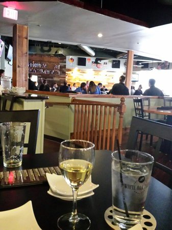 The White Oak Tavern : The bar area.