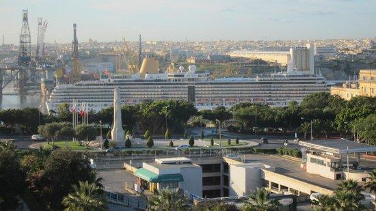 The Phoenicia Malta : Blick zum Grand Habour