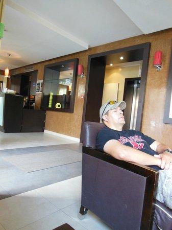 Hotel André Latin: lobby