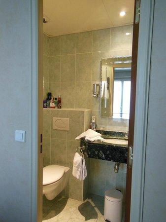 Hotel André Latin: bathroom