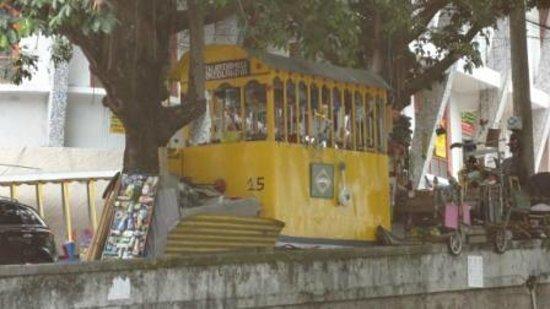 Casalegre Art Vila B&B - Santa Teresa: Artigiano del posto