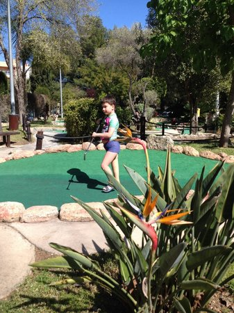 Golf Fantasia: Round the course