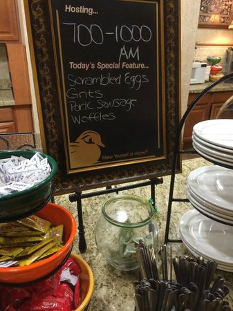 Homewood Suites by Hilton HOU Intercontinental Airport: Tip jar at the breakfast buffet