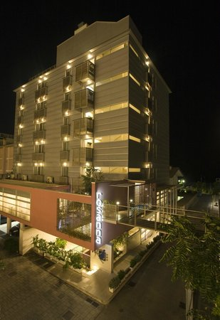 Hotel Rosanna: Hotel Illuminato