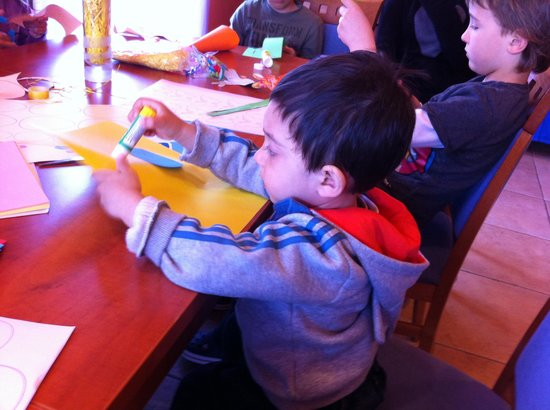 Hotel Manora : Easter Art and Craft Workshop