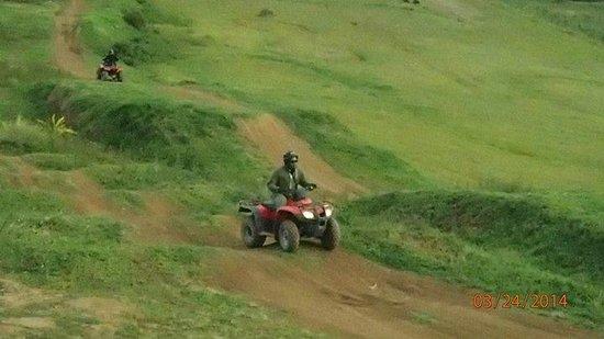 Peru Moto Tours: Dirt Road
