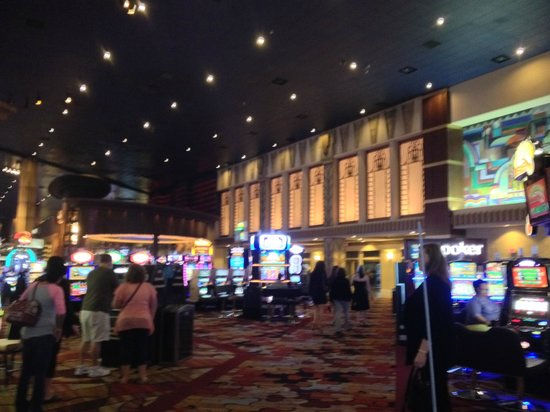 New York - New York Hotel and Casino: Hall central