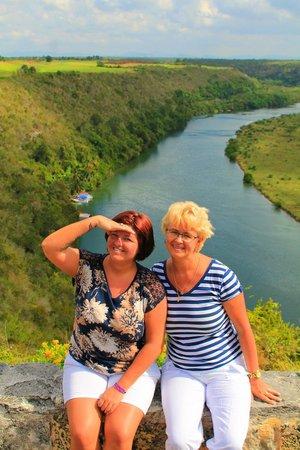 Altos de Chavon: река чавон