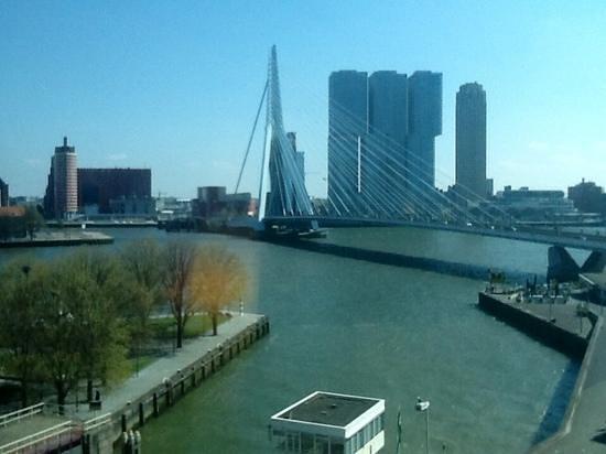 Inntel Hotels Rotterdam Centre: Uitzicht panoramakamer