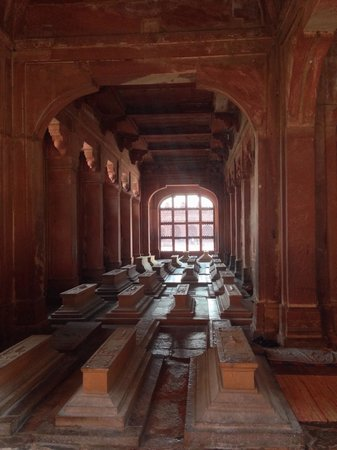 Fatehpur Sikri: Gräber. . .