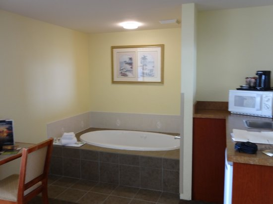 Country Inn & Suites By Carlson, Port Canaveral: Jacuzzi