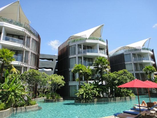 Le Meridien Bali Jimbaran: プールから見た部屋